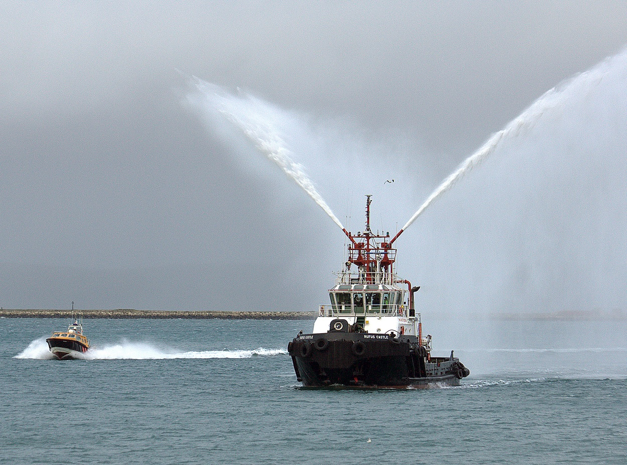 Portland Port completes purchase of new multi-million pound tug