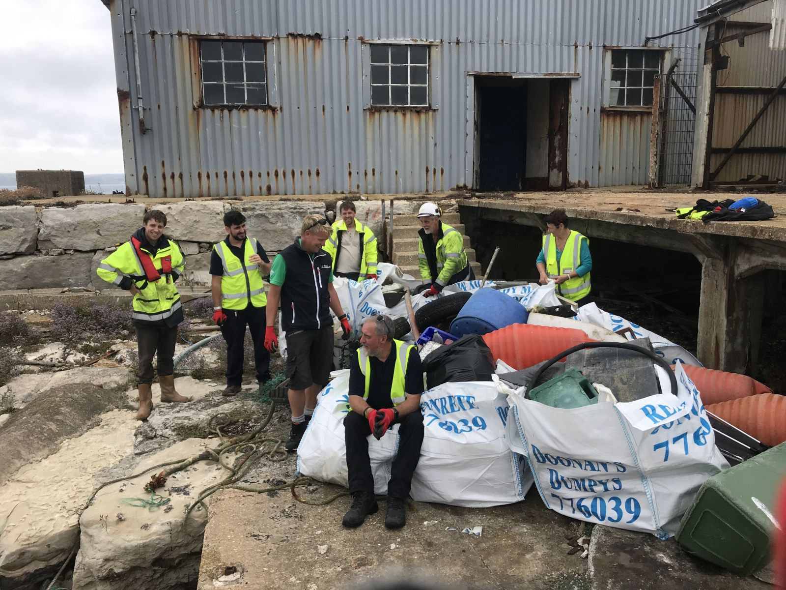 Portland Port commence their yearly Breakwater clean up with the help of Portland Marina